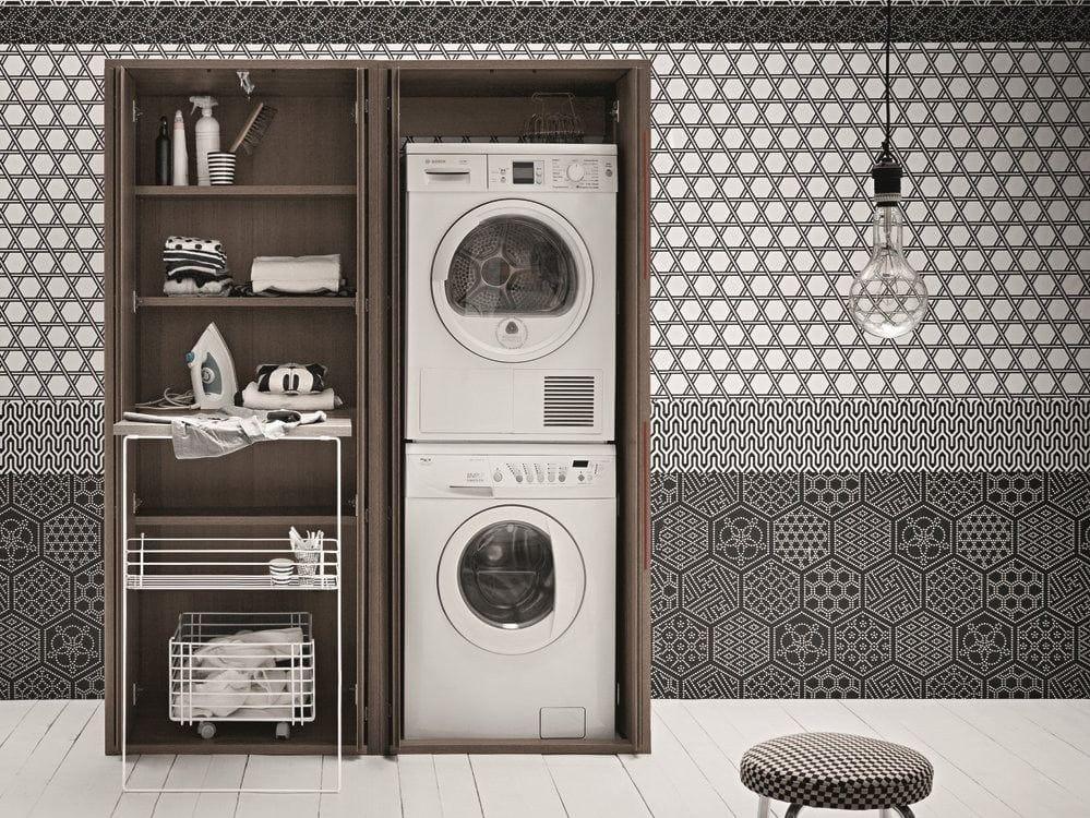 Acqua e sapone tall laundry room cabinet by birex design for Mobile per lavatrice e asciugatrice