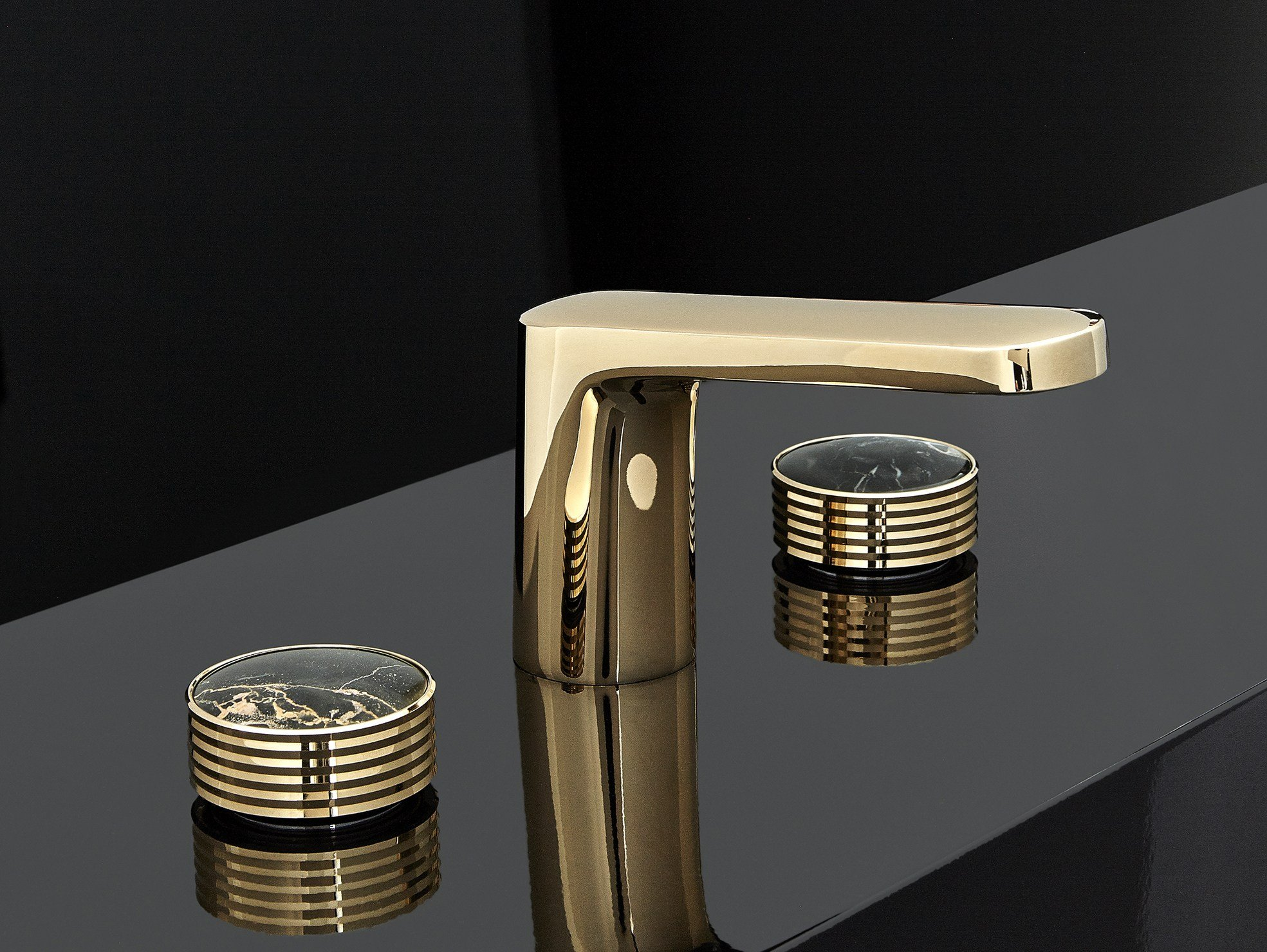 Texture gold colour washbasin mixer by fima carlo frattini for Rubinetteria frattini