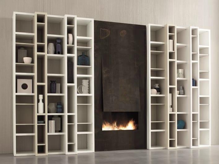 Libreria a giorno laccata modulare speed b by dall agnese for Industria mobili