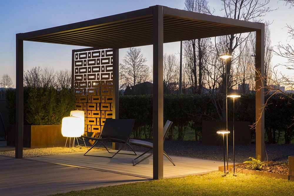 Led aluminium floor lamp chiodo by platek design danesi - Eclairage jardin led ...