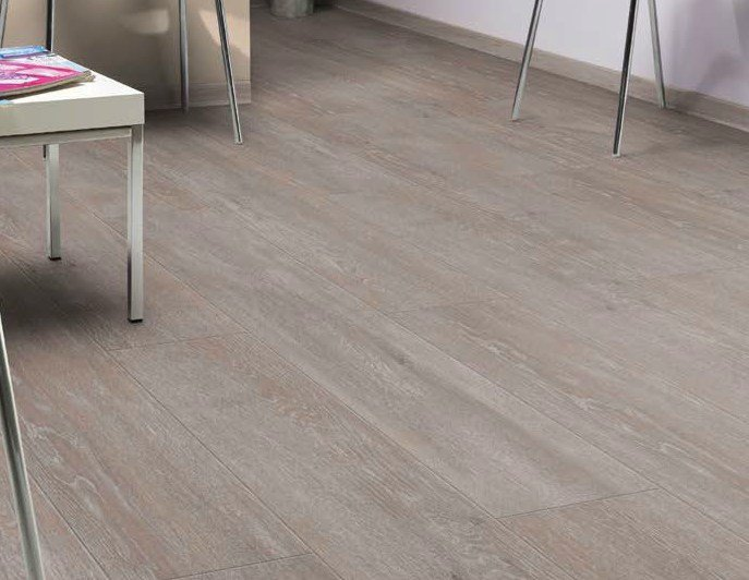 Pavimento in pvc effetto legno insight x 39 press linea piastrelle decorative di prestigio by gerflor - Posa pavimento pvc su piastrelle ...