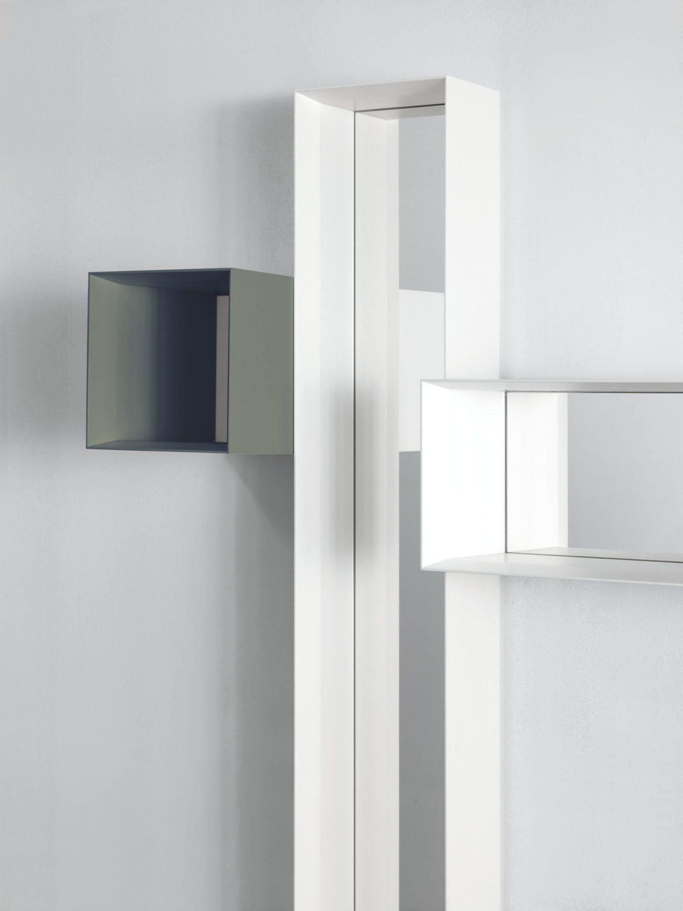 Specchio A Parete Con Cornice Mirrod By Punt Design