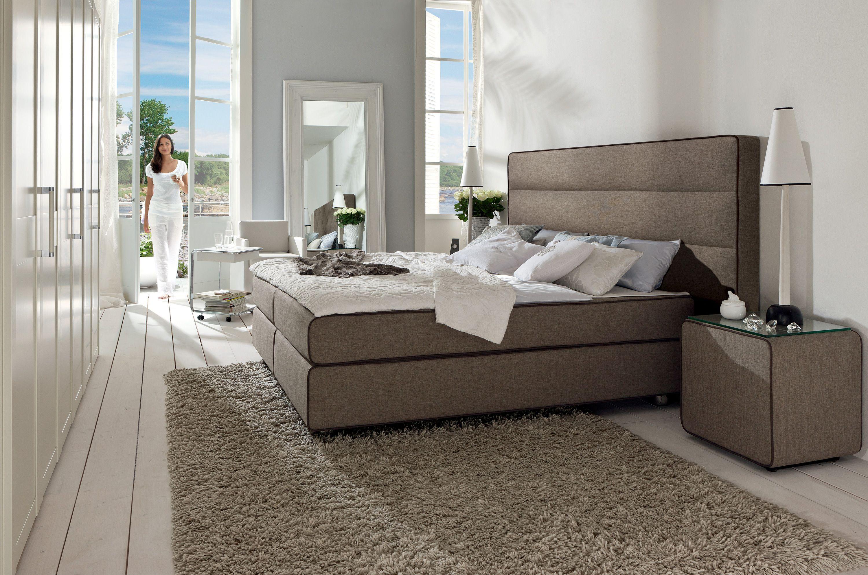hulsta boxspring bett suite design heimdesign. Black Bedroom Furniture Sets. Home Design Ideas