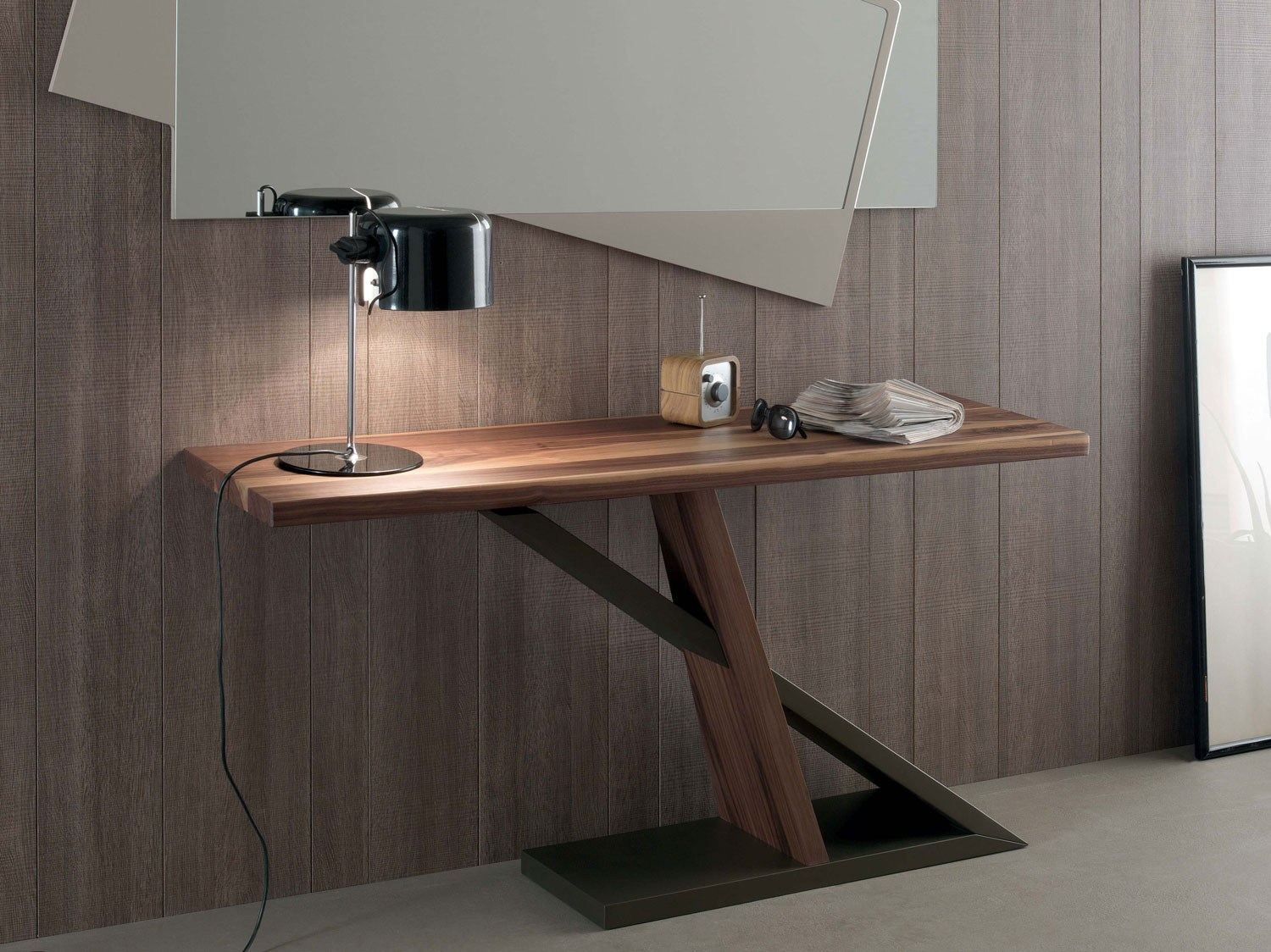 Zed table console by italy dream design for Table bois metal design