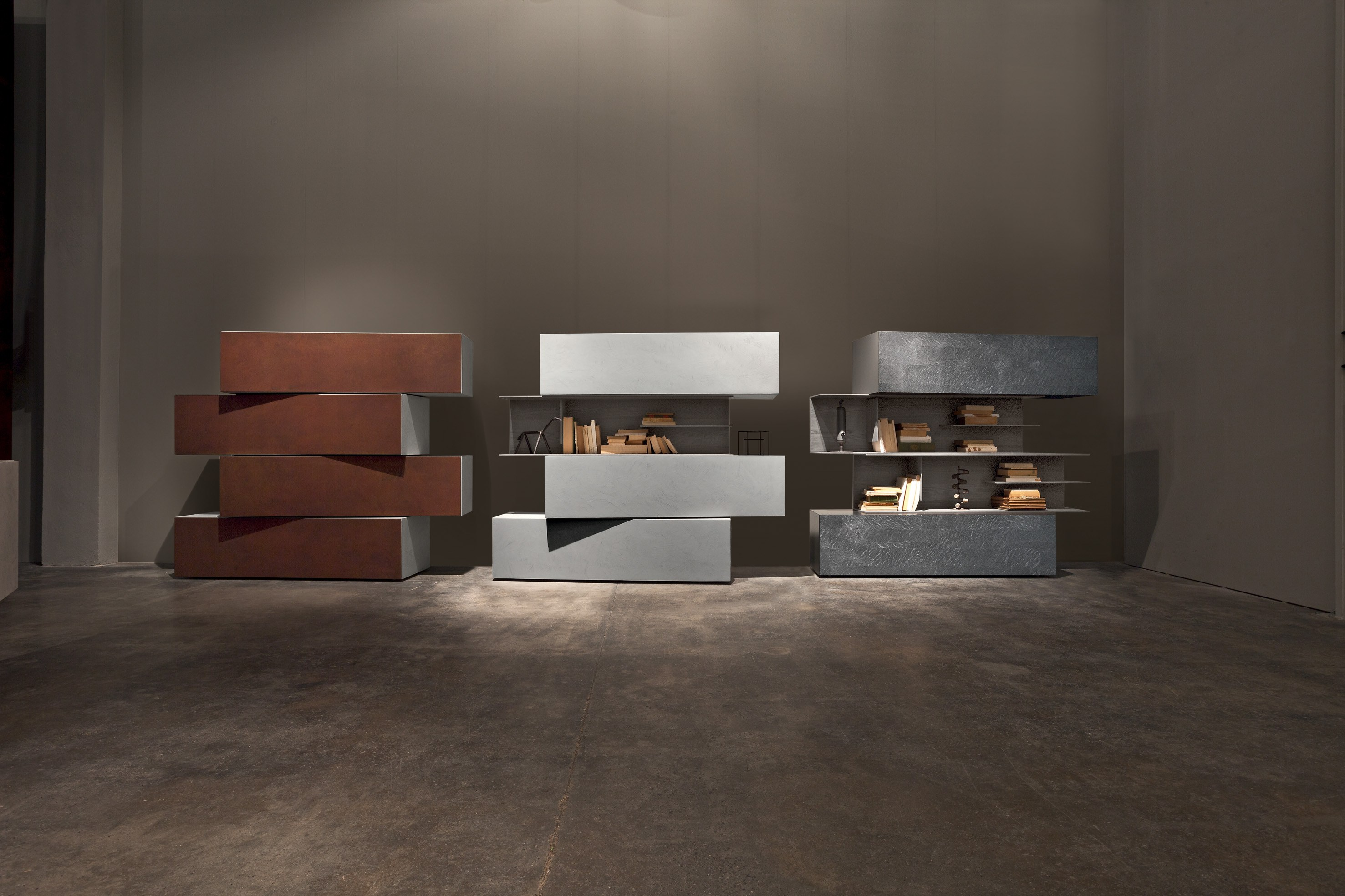 Credenza laccata in acciaio corten inclinart 295 by for Www presotto it