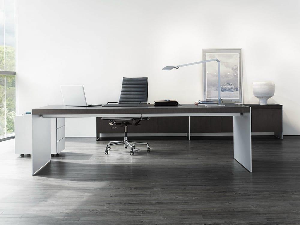 Bureau rectangulaire en bois bureau de direction collection size by wilhelm r - Bureau bois design contemporain ...