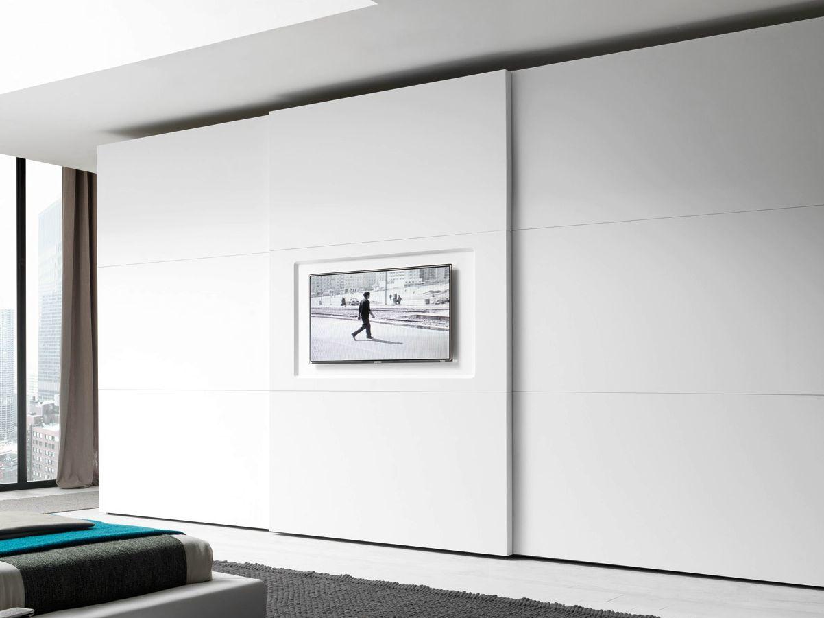 armario lacado con puertas correderas con tv integrada. Black Bedroom Furniture Sets. Home Design Ideas
