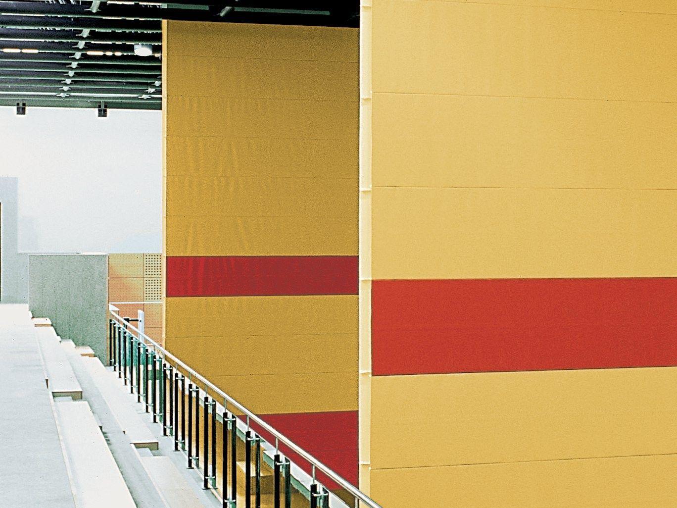 Parete mobile scorrevole verticale tende divisorie per palestre by estfeller pareti - Parete mobile scorrevole ...