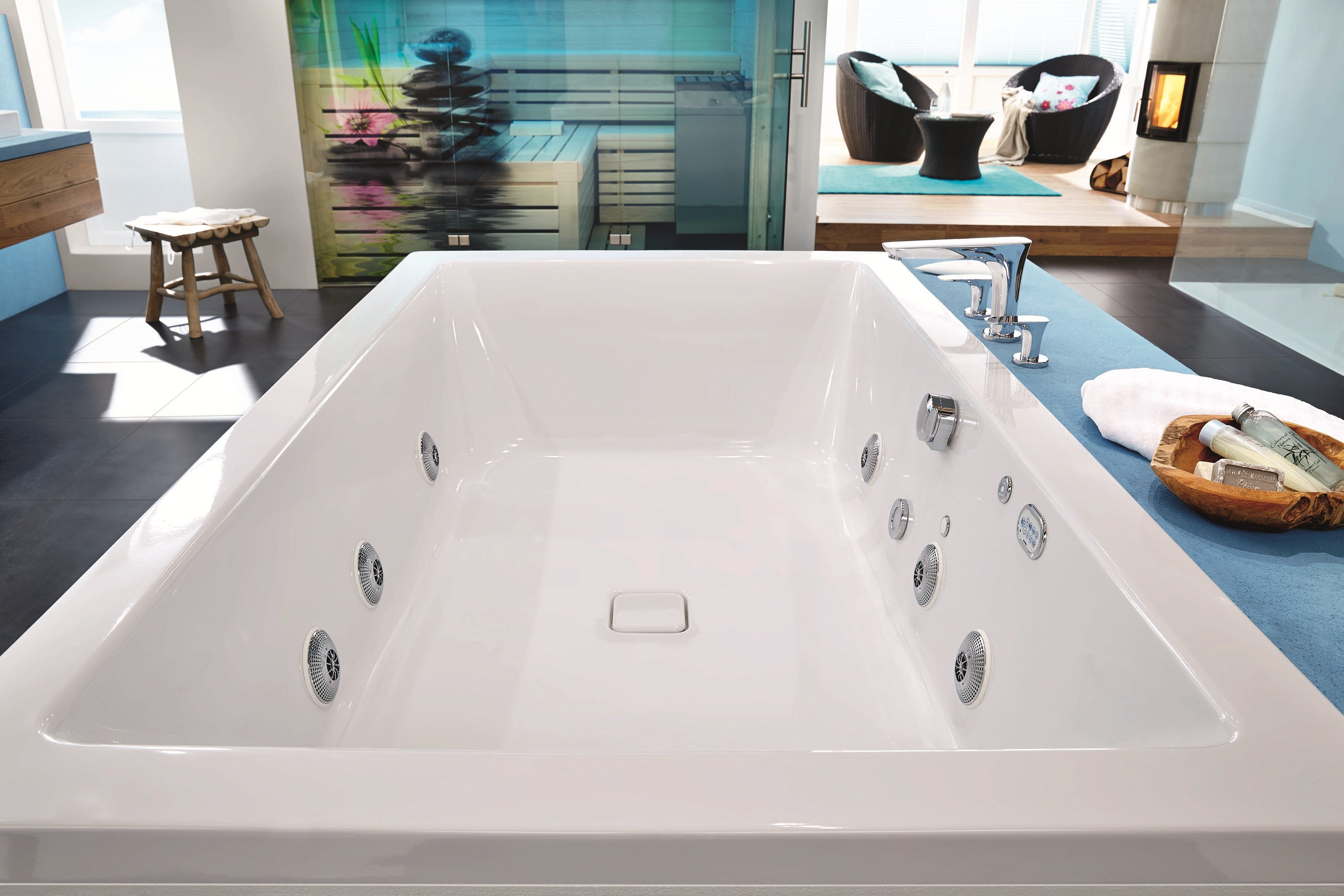 whirlpool einbau badewanne f r chromotherapie conopool by. Black Bedroom Furniture Sets. Home Design Ideas