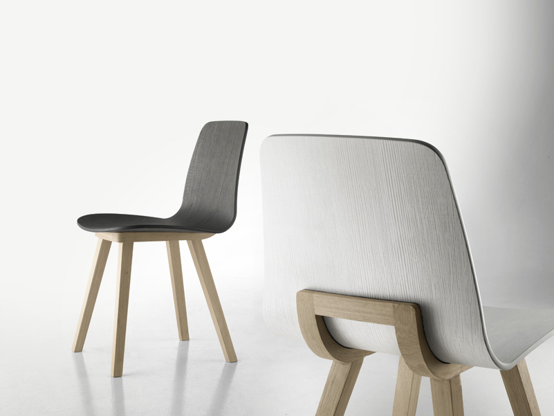 Kuskoa chair by alki design jean louis iratzoki - Chaises contemporaines design ...