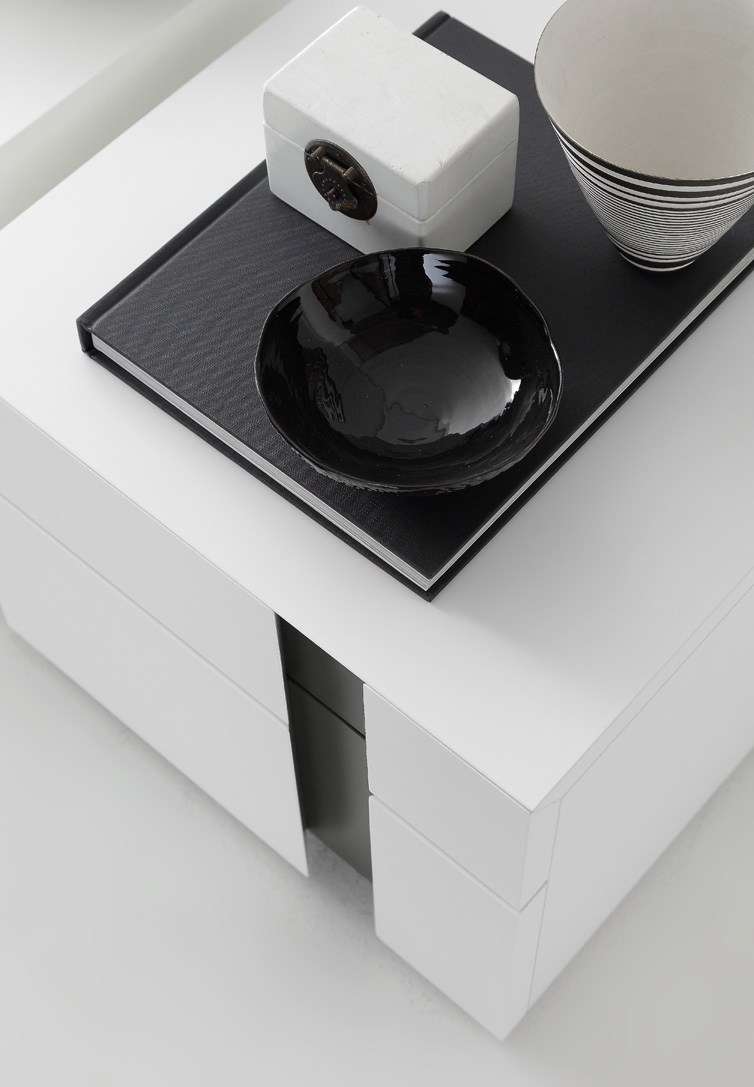 Inside bedside table by presotto industrie mobili design for Presotto industrie mobili