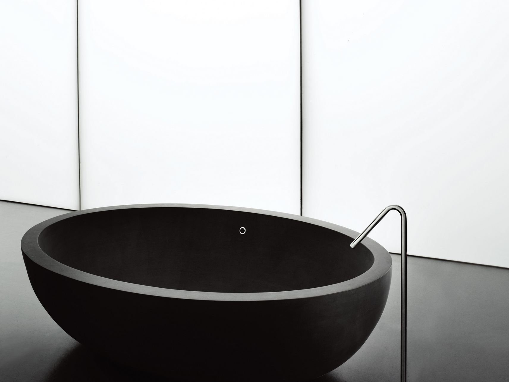 I fiumi badewanne by boffi design claudio silvestrin for Badewanne design