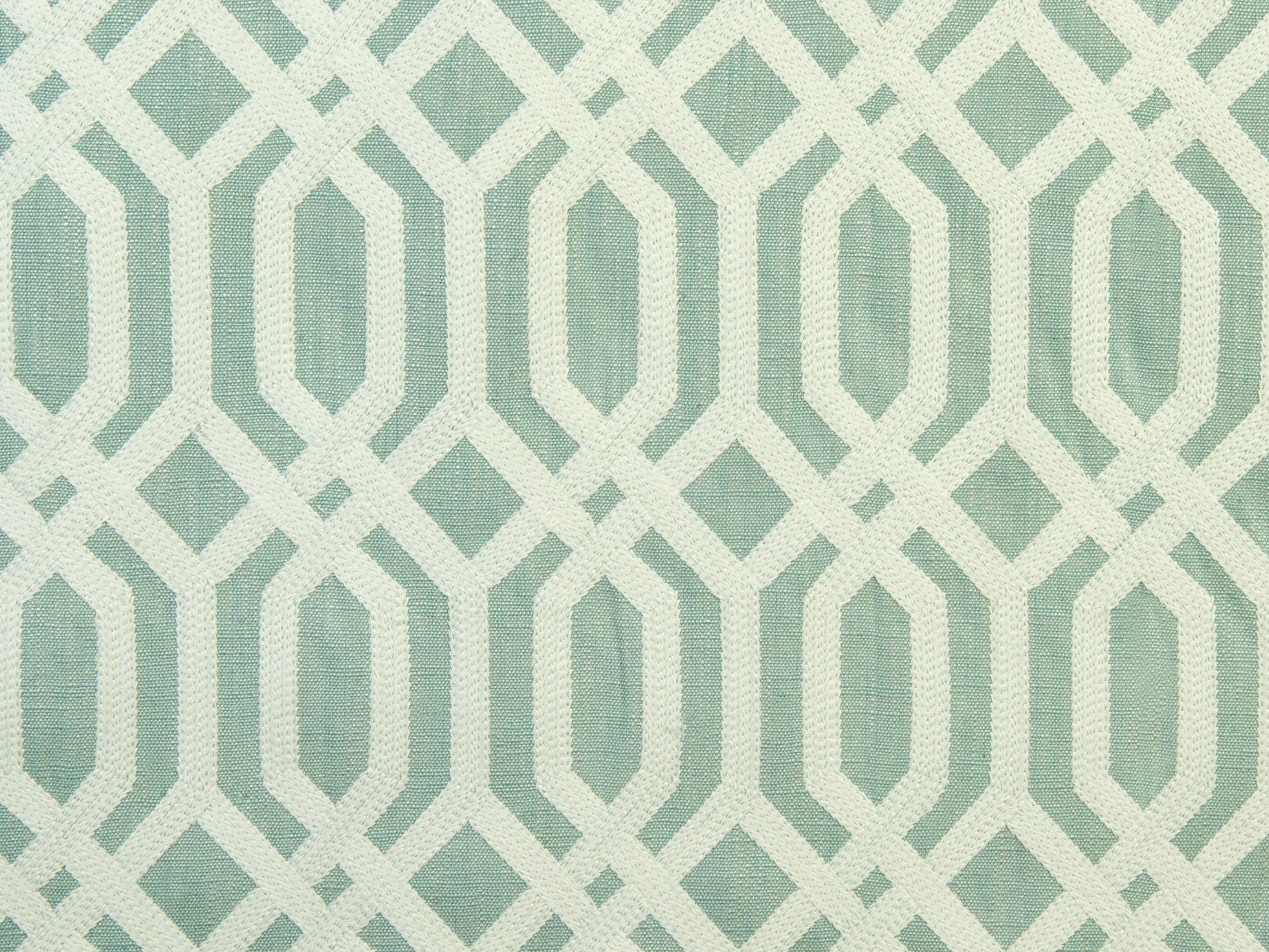 Upholstery fabric with graphic pattern trellis addiction for Fabric pattern