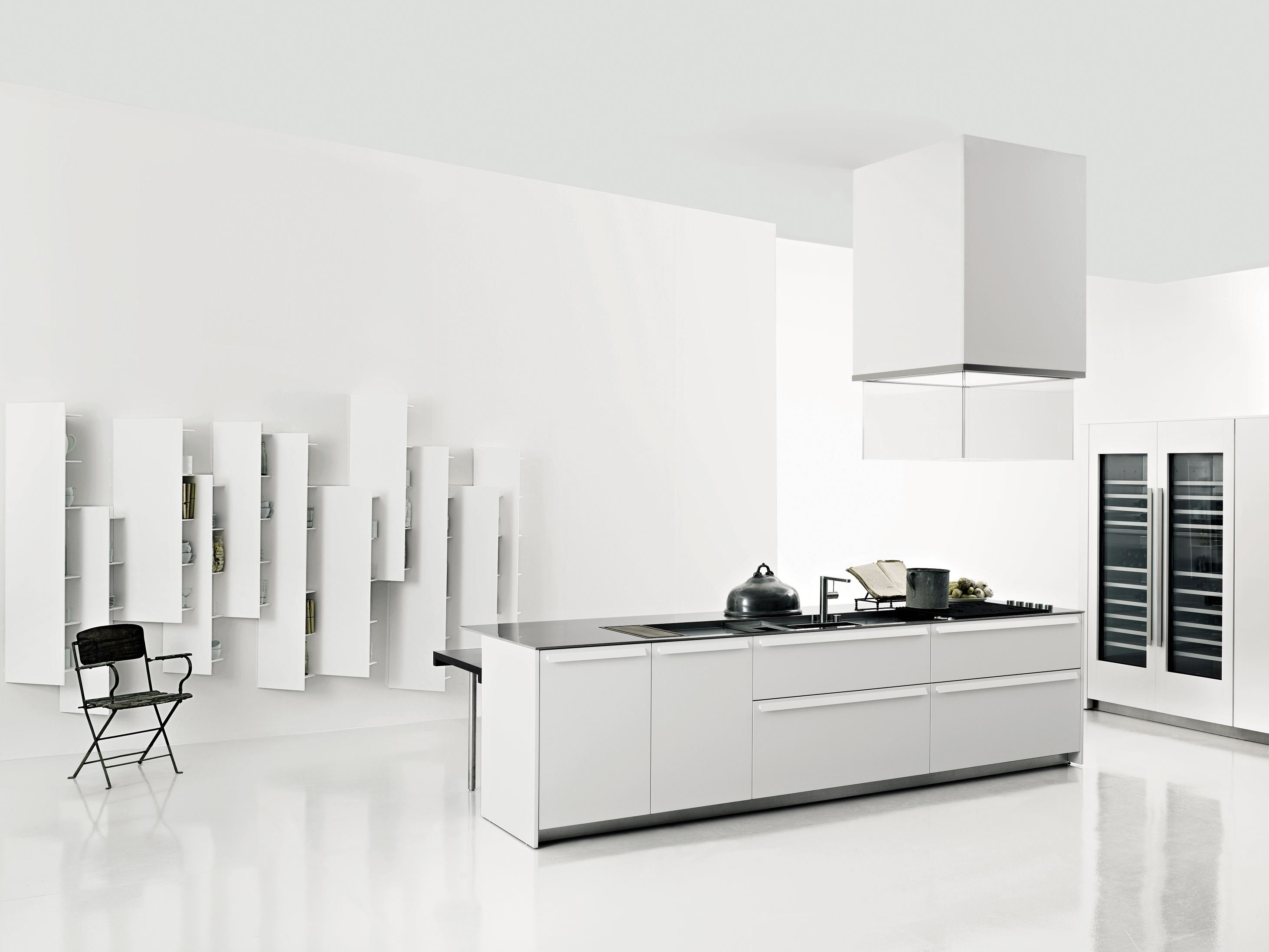 k che aus corian mit k cheninsel aprile by boffi design piero lissoni. Black Bedroom Furniture Sets. Home Design Ideas