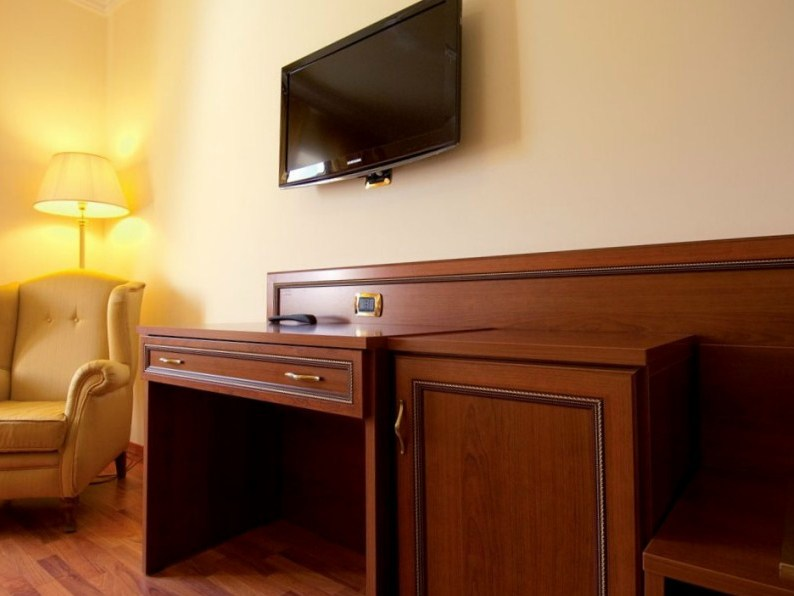 Bureau chambre hotel davaus bureau pour chambre hotel avec des id
