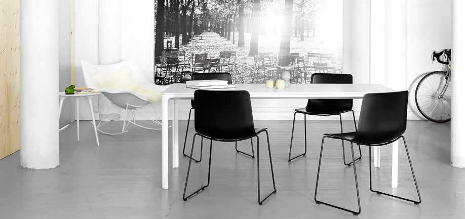 Pato sled base chair by fredericia furniture design for Design office 4100