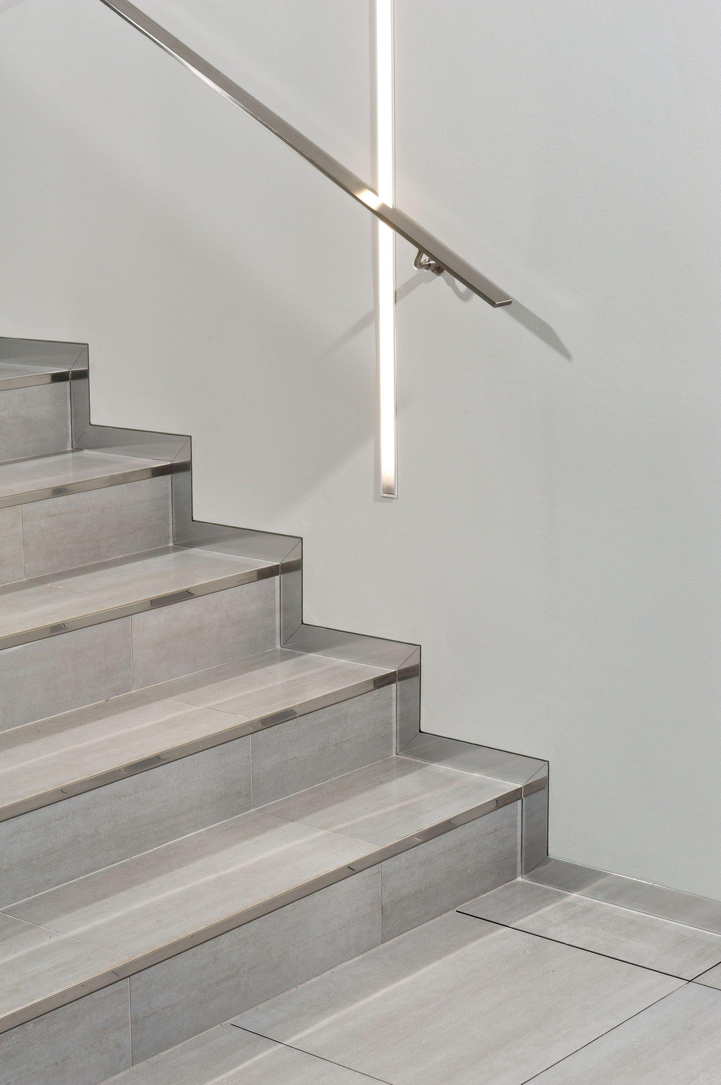plinthe en aluminium proskirting channel by progress profiles. Black Bedroom Furniture Sets. Home Design Ideas