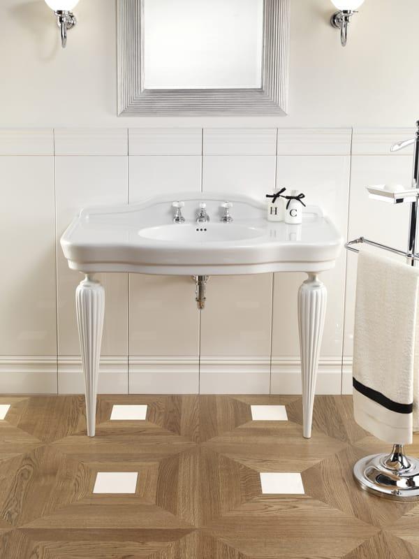 lavabo a consolle in ceramica serenade by devon devon. Black Bedroom Furniture Sets. Home Design Ideas