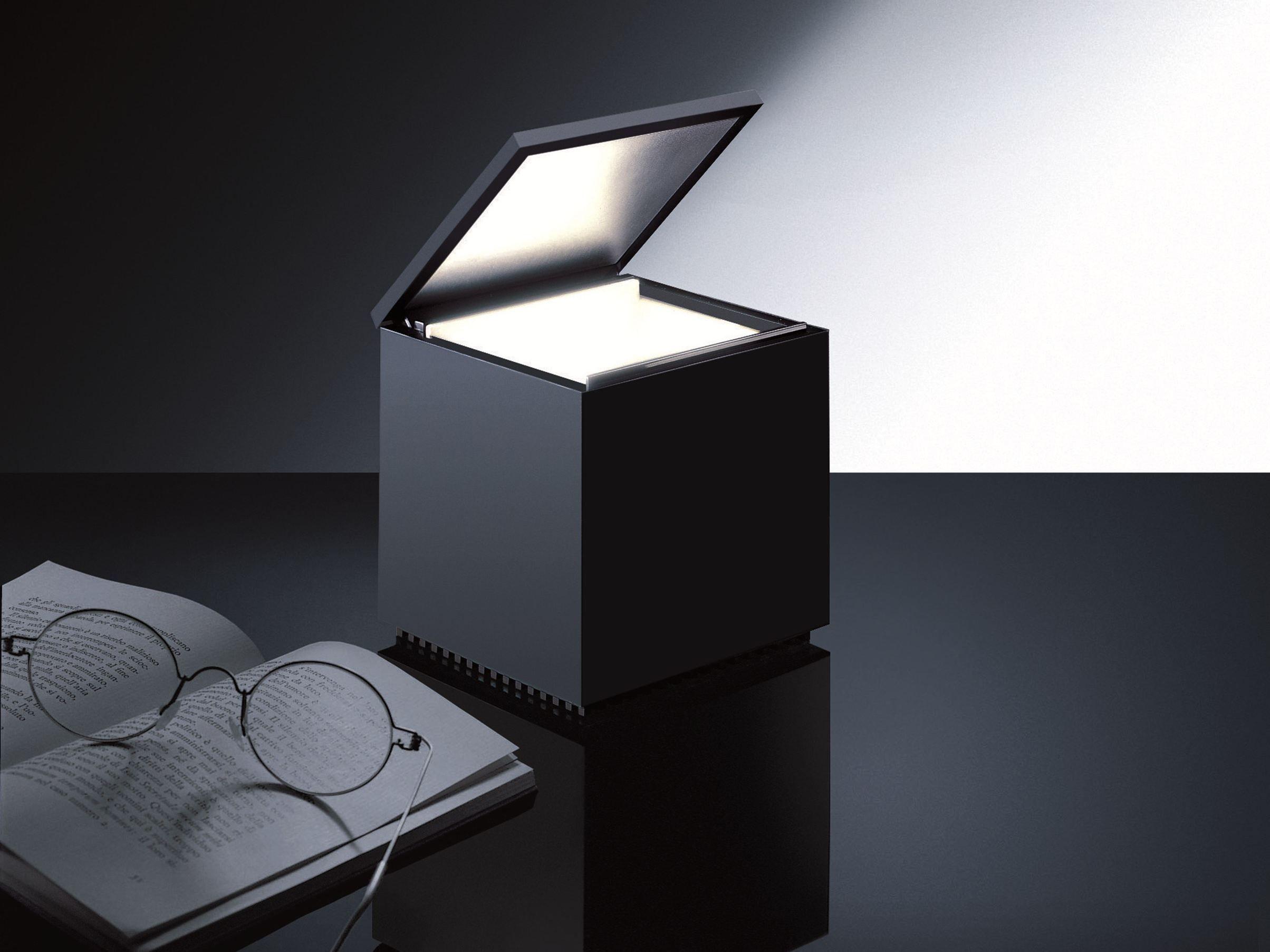 Technopolymer table lamp CUBOLUCE by Cini&Nils design Mario ...