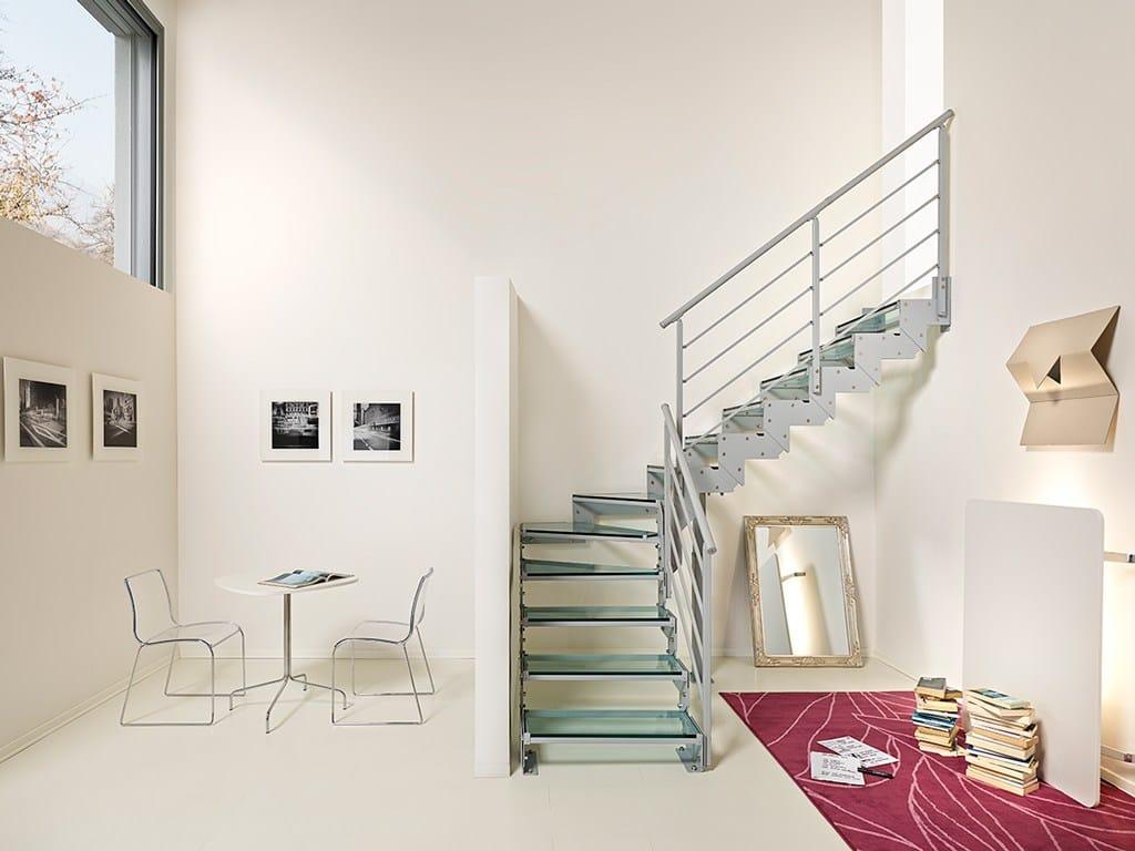 Escalera volada en forma de l en forma de u autoportante for Escalera en l