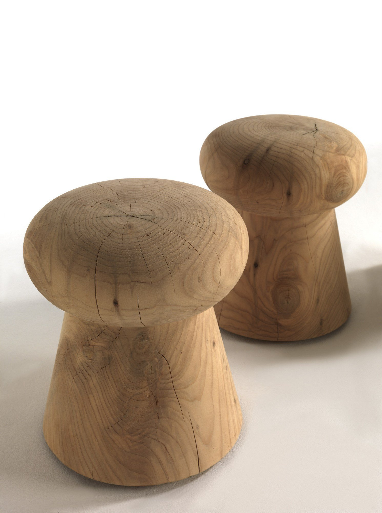 tabouret en bois brut by riva 1920 design ruggero giuliani. Black Bedroom Furniture Sets. Home Design Ideas