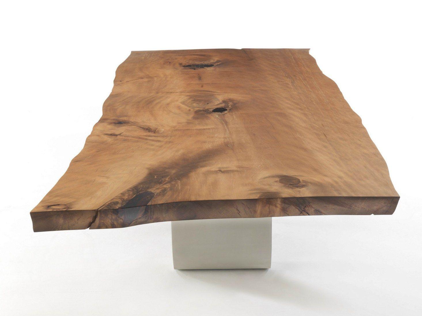 Tavolo rettangolare in legno massello e ferro bree onda for Tavolo in legno design