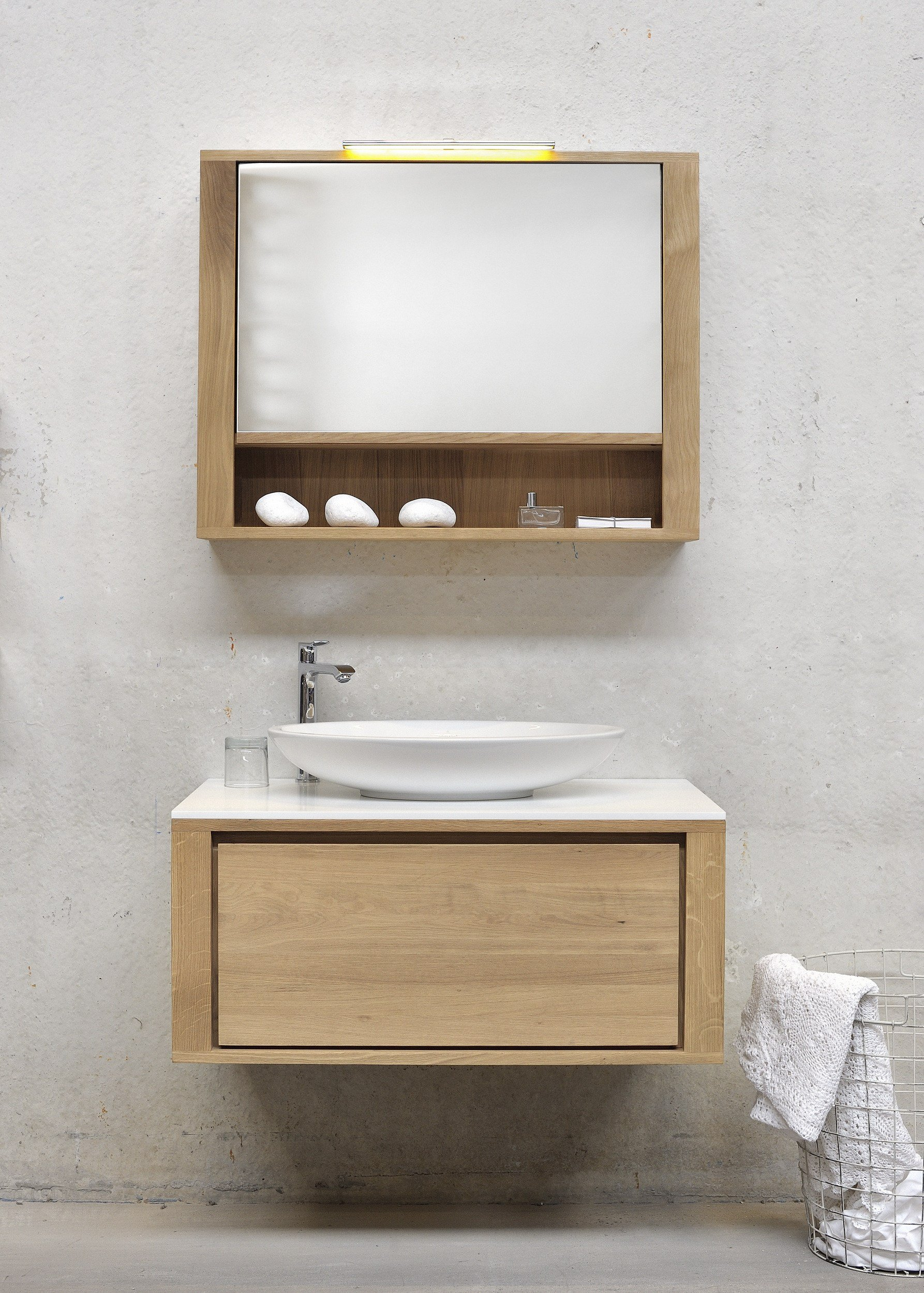 Oak shadow single vanity unit by ethnicraft for Meuble mural wall