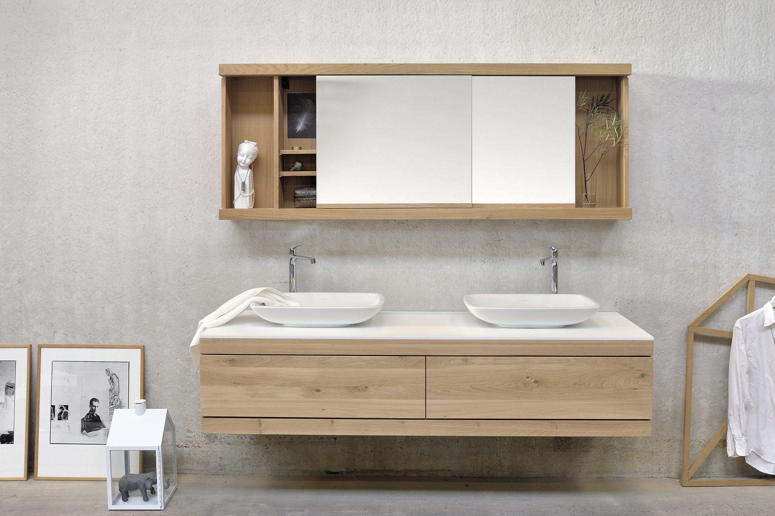 Oak cadence specchio con contenitore by ethnicraft - Specchio bagno legno ...