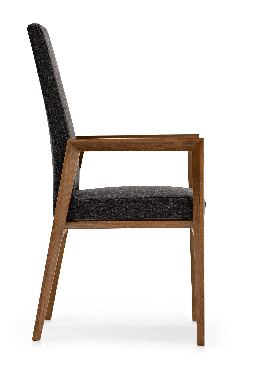 bess stuhl mit armlehnen by calligaris. Black Bedroom Furniture Sets. Home Design Ideas