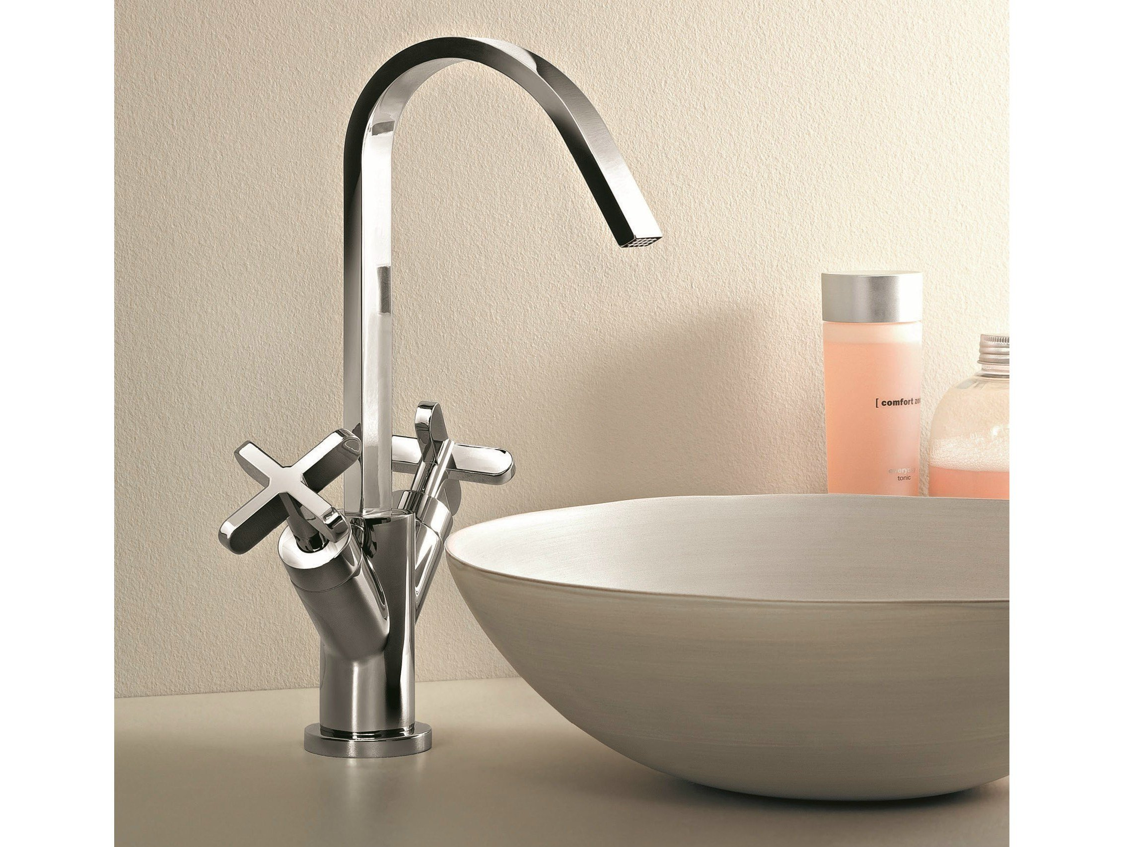 Riviera countertop washbasin tap by fantini rubinetti for Rubinetti design