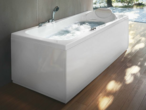 Whirlpool rectangular bathtub hexis by jacuzzi europe for Jacuzzi rectangular medidas