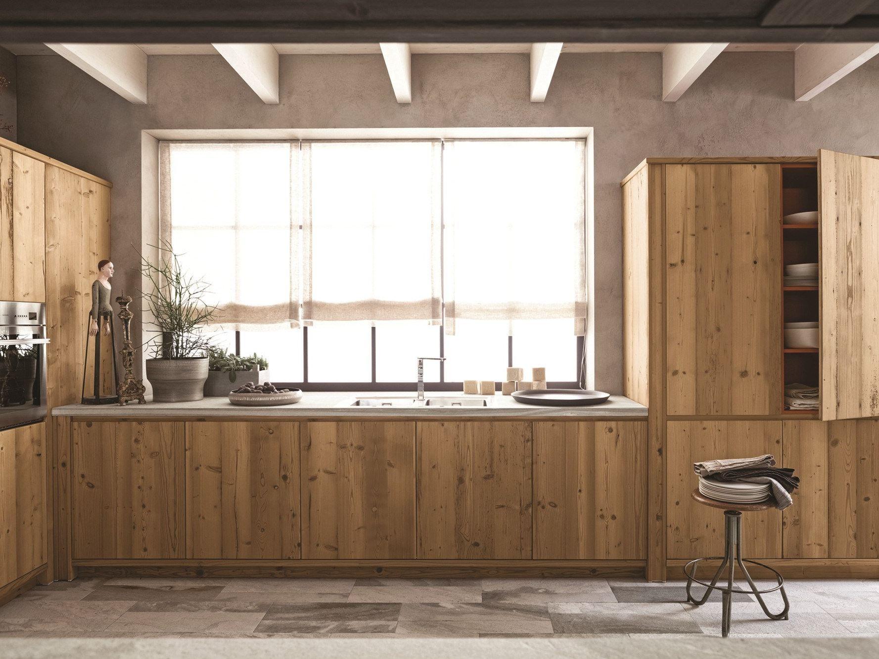 Cucina in abete ardesia con penisola maestrale 03 by - Cucine in abete ...