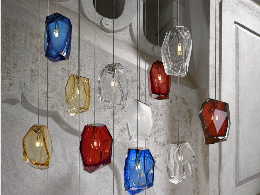 pendelleuchte aus mundgeblasenem glas crystal rock by lasvit design arik levy. Black Bedroom Furniture Sets. Home Design Ideas