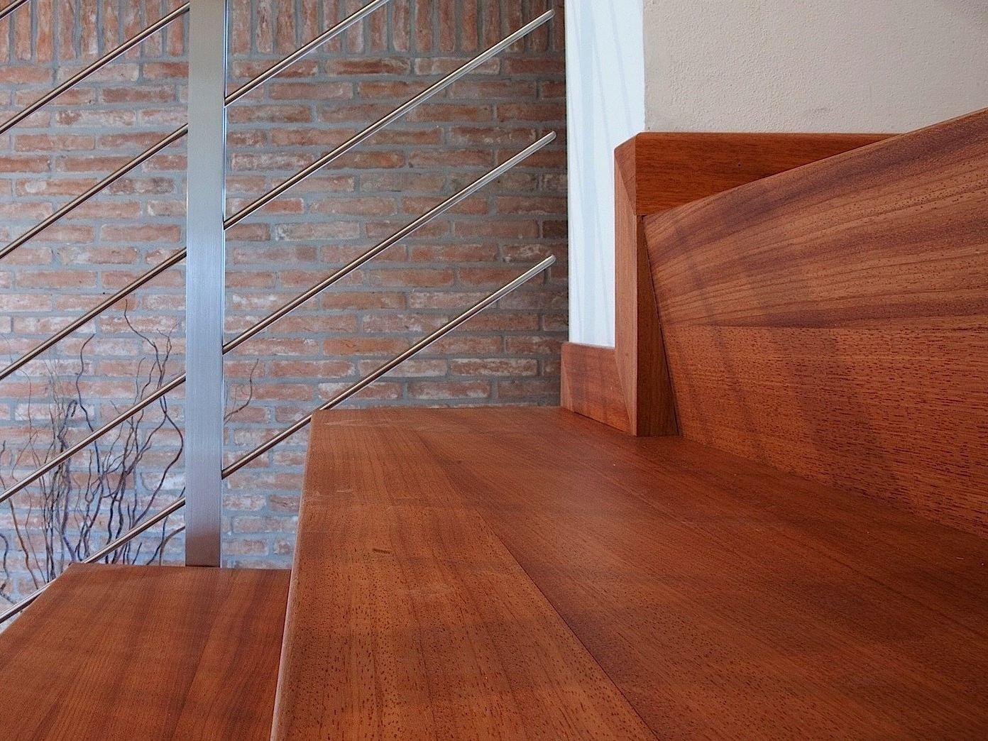 rev tement d 39 escalier by menotti specchia. Black Bedroom Furniture Sets. Home Design Ideas