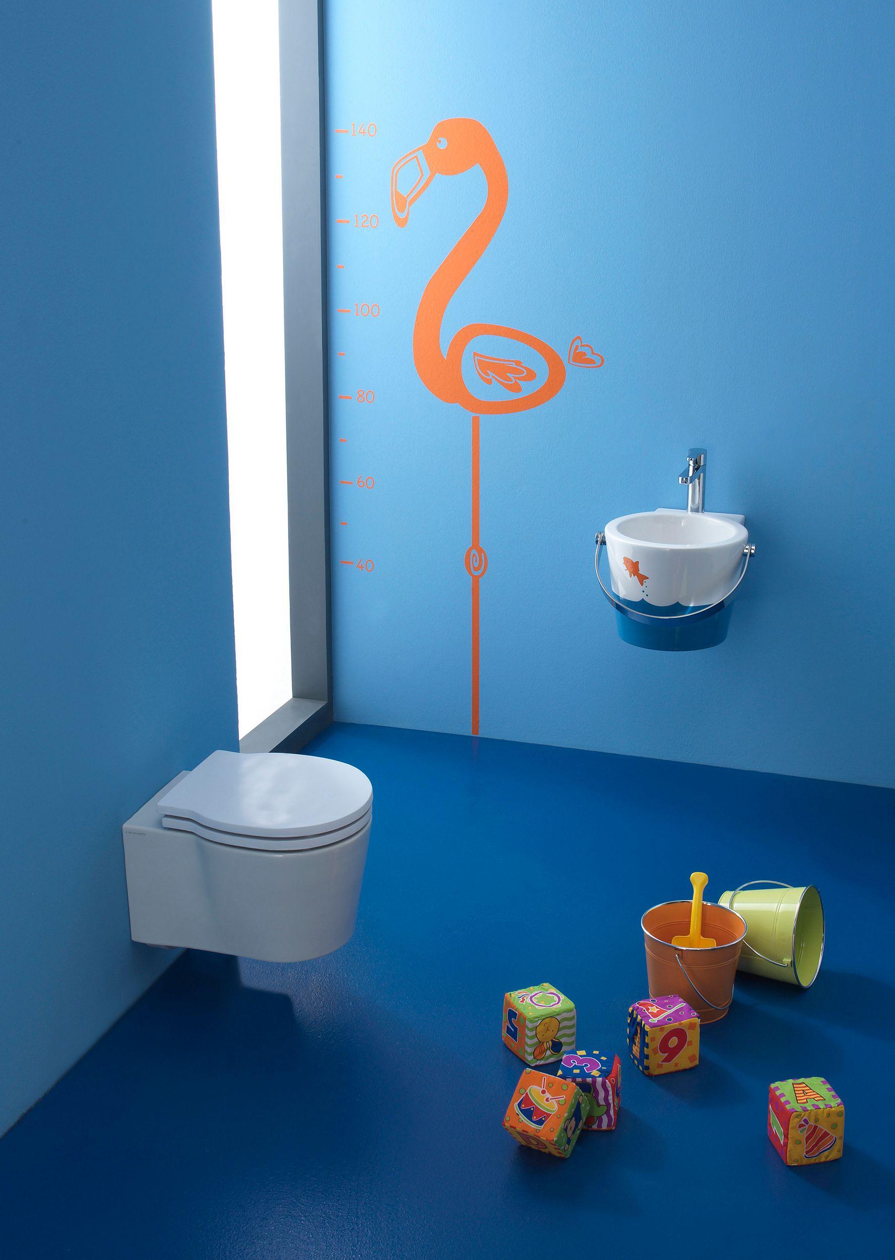 bucket wc pour enfants by scarabeo ceramiche design giovanna talocci. Black Bedroom Furniture Sets. Home Design Ideas