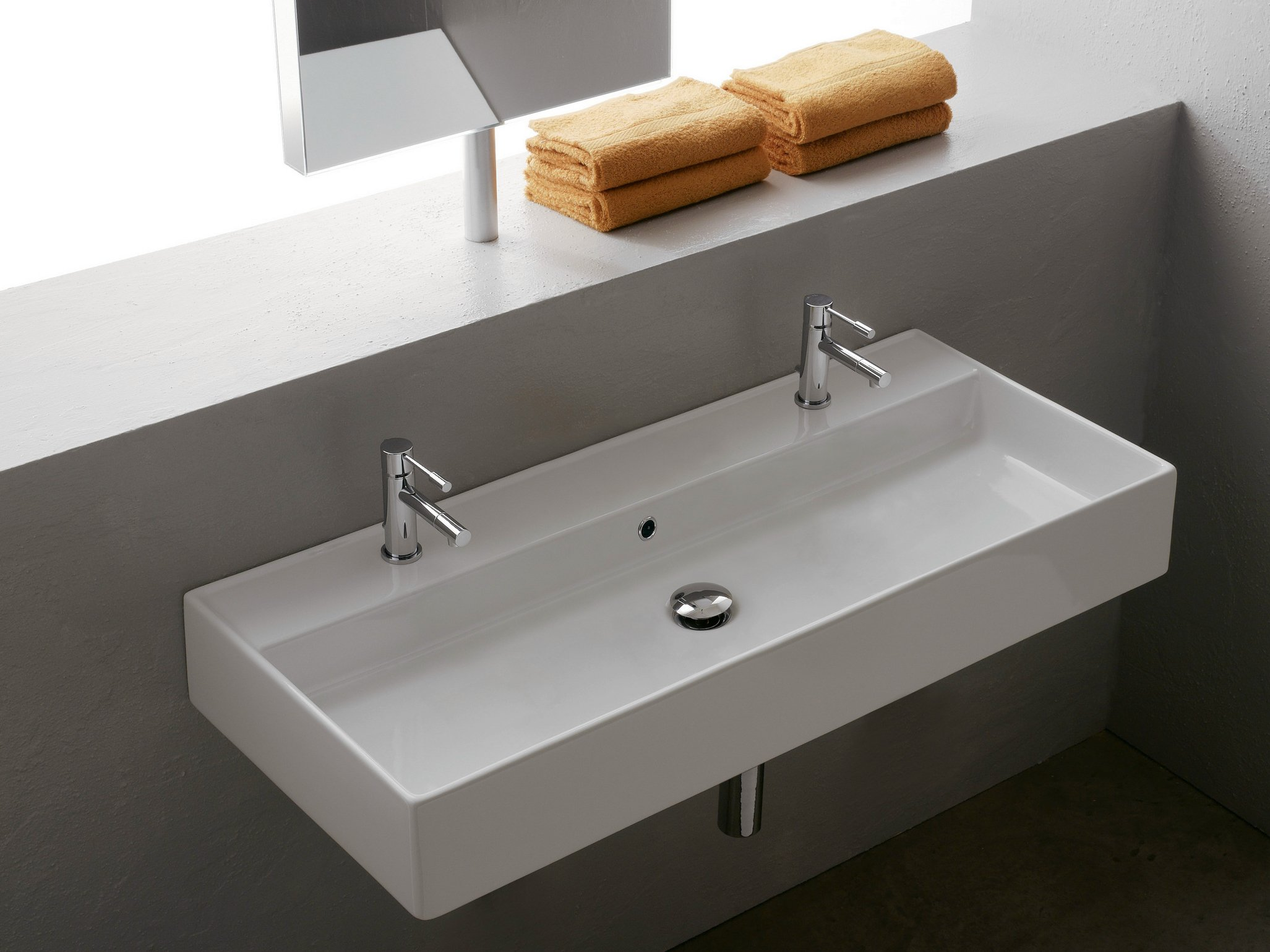 Lavabo double suspendu en c ramique teorema 100r b by for Lavabos doubles salle bain