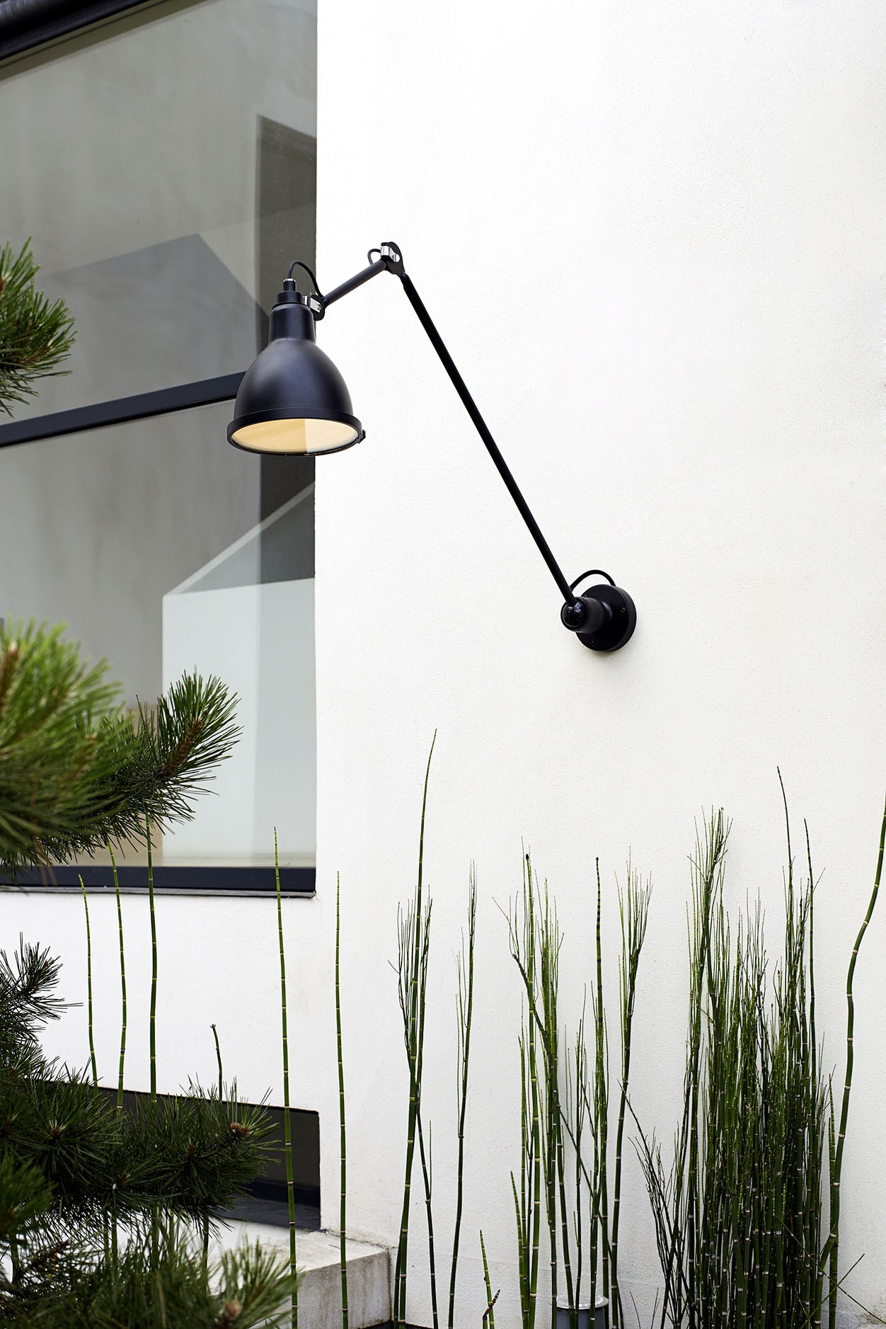 Adjustable steel wall lamp 304 xl 90 in and out by dcw ditions design bernard albin gras - Dcw edities ...