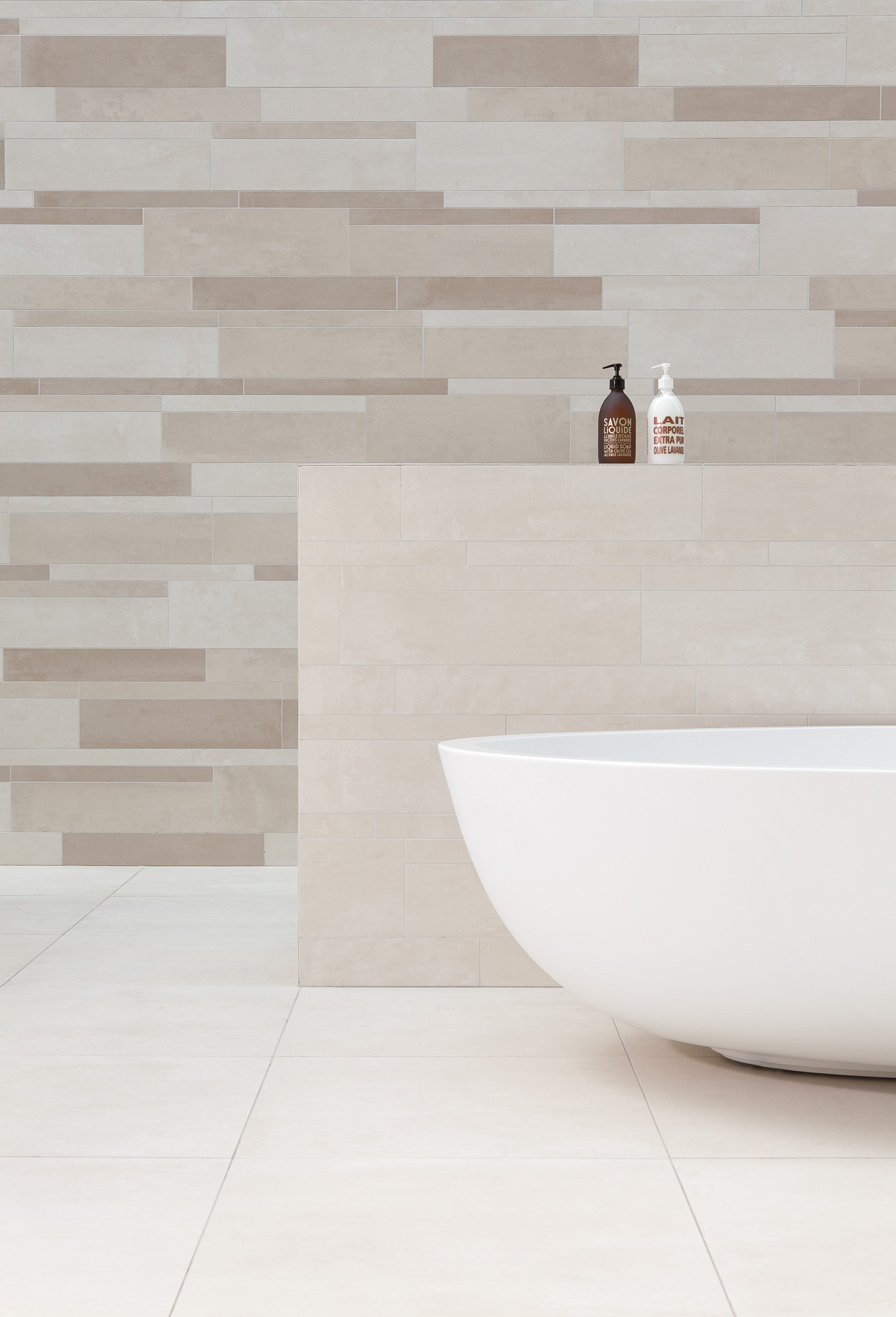 Ceramic wall floor tiles beige brown by mosa design mosa - Faience salle de bain beige ...