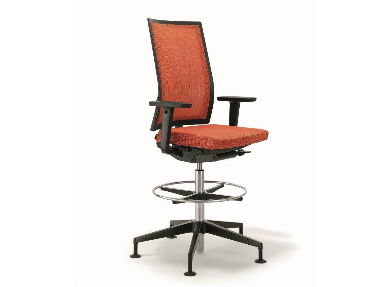 Silla operativa ajustable en altura de tela b run for Altura silla