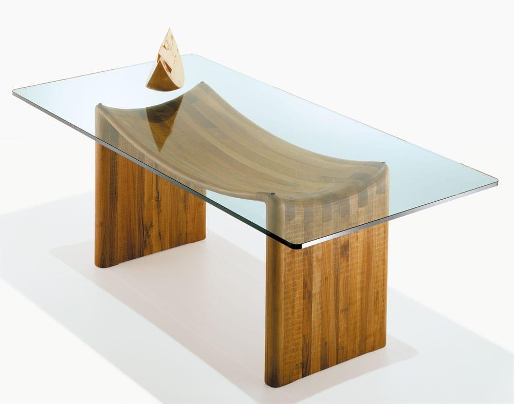 Tavolo rettangolare in legno e vetro velabro by habito by for Tavolo legno e vetro