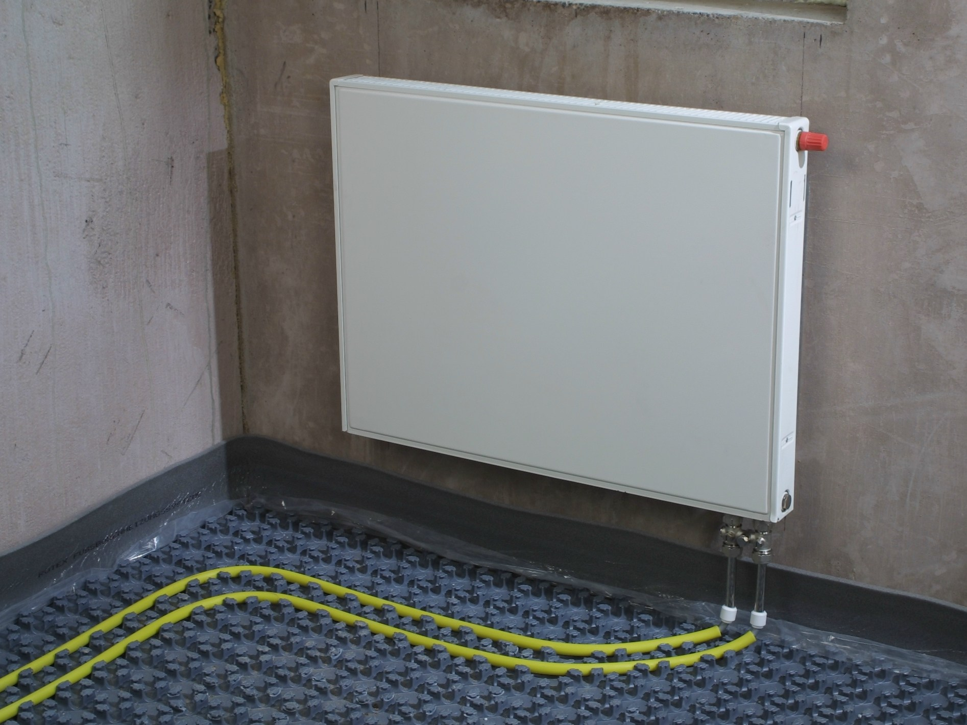 Radiant floor panel system 70 by daikin air conditioning for Radiant floors