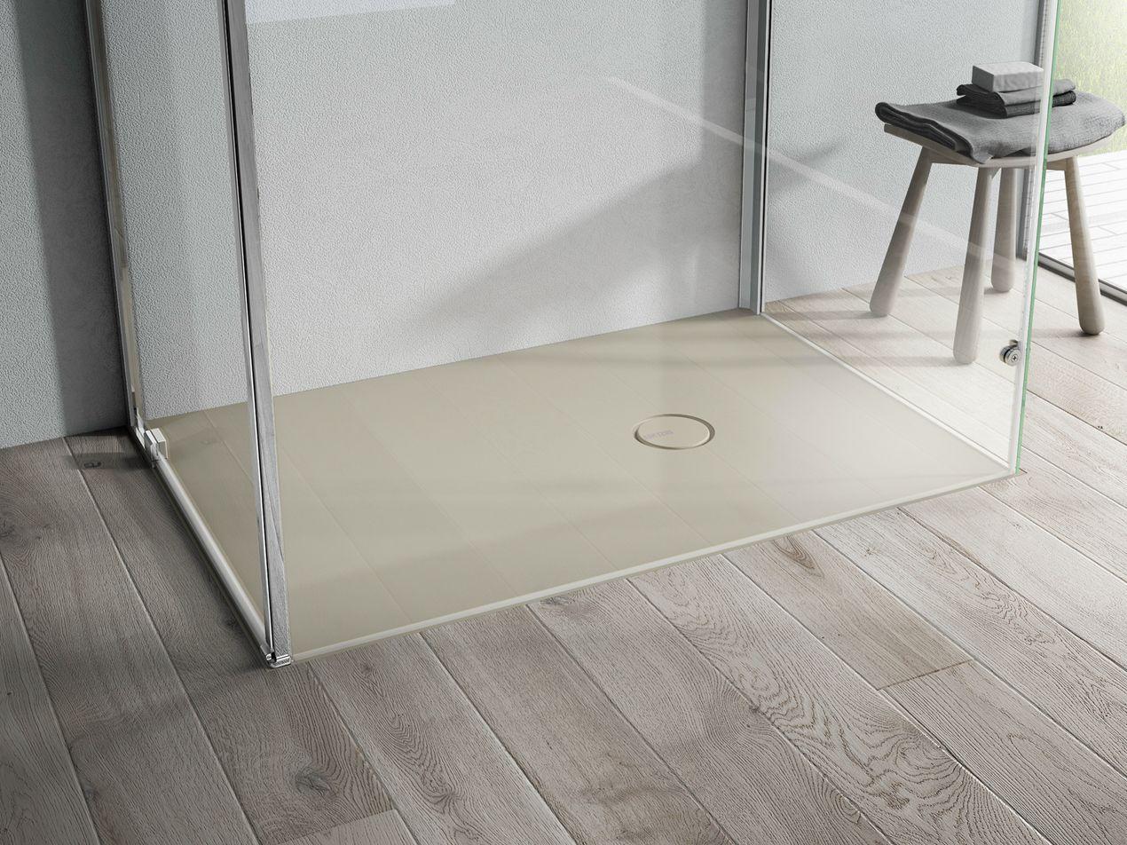 Receveur de douche l 39 italienne en aquatek onda by ideagroup - Piatto doccia incassato nel pavimento ...