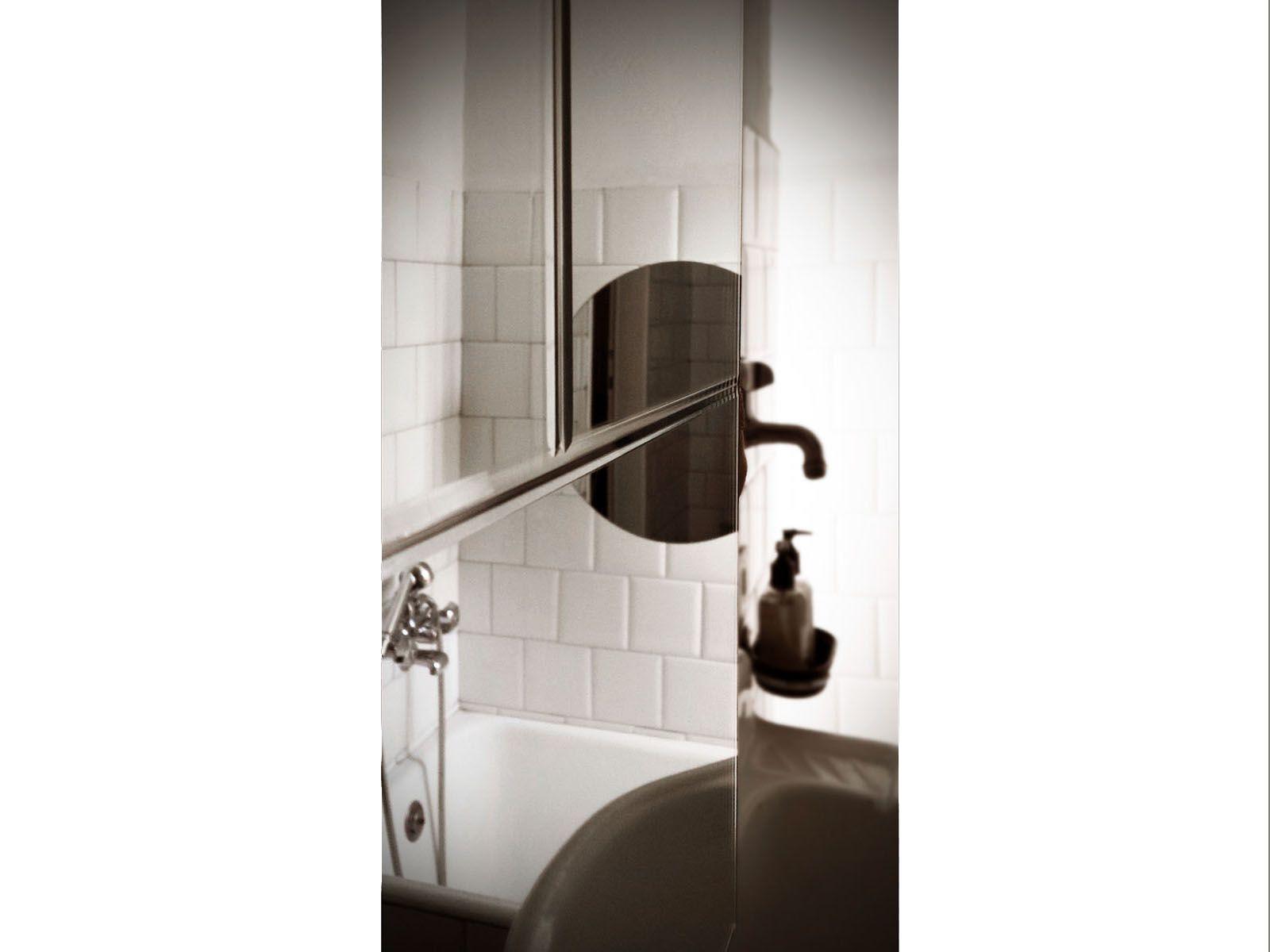 Scaldasalviette elettrico a parete a specchio mirror - Specchio a parete ...