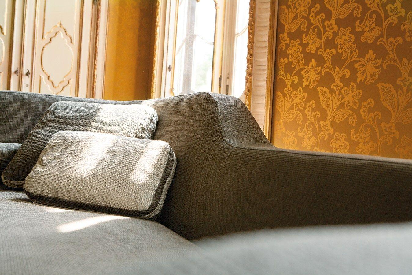 sofa jeremie by milano bedding design eric berth s. Black Bedroom Furniture Sets. Home Design Ideas