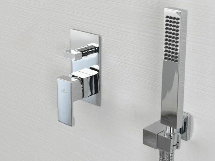 robinet pour douche chrom avec plaque collection nk logic by noken design. Black Bedroom Furniture Sets. Home Design Ideas