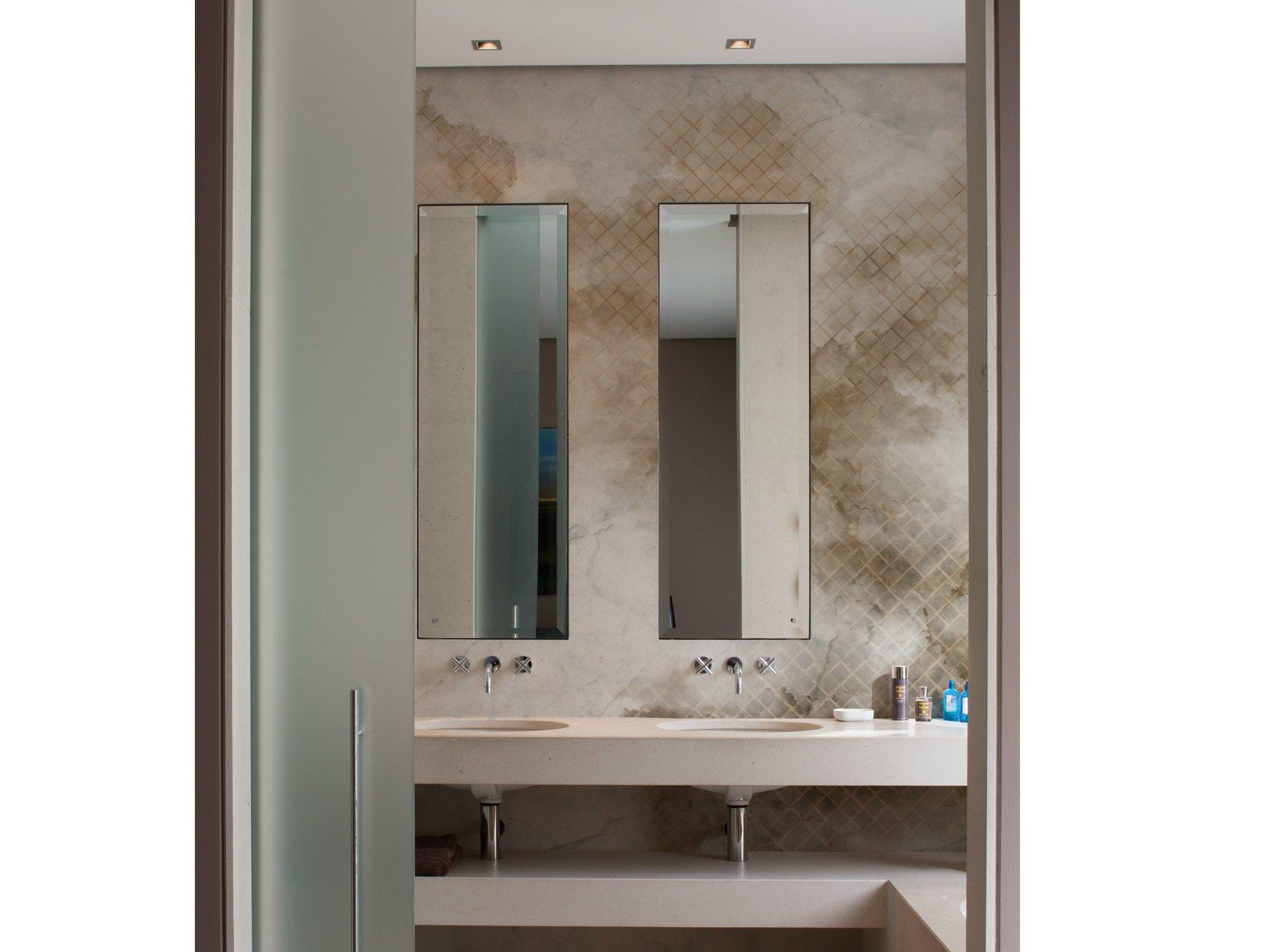 Carta da parati effetto muro per bagno cloudy by wall dec for Carta adesiva per piastrelle bagno