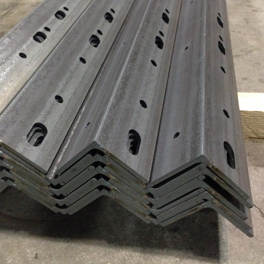 Giunto metallico per struttura tubolare taglio laser for Profili per gradini in acciaio