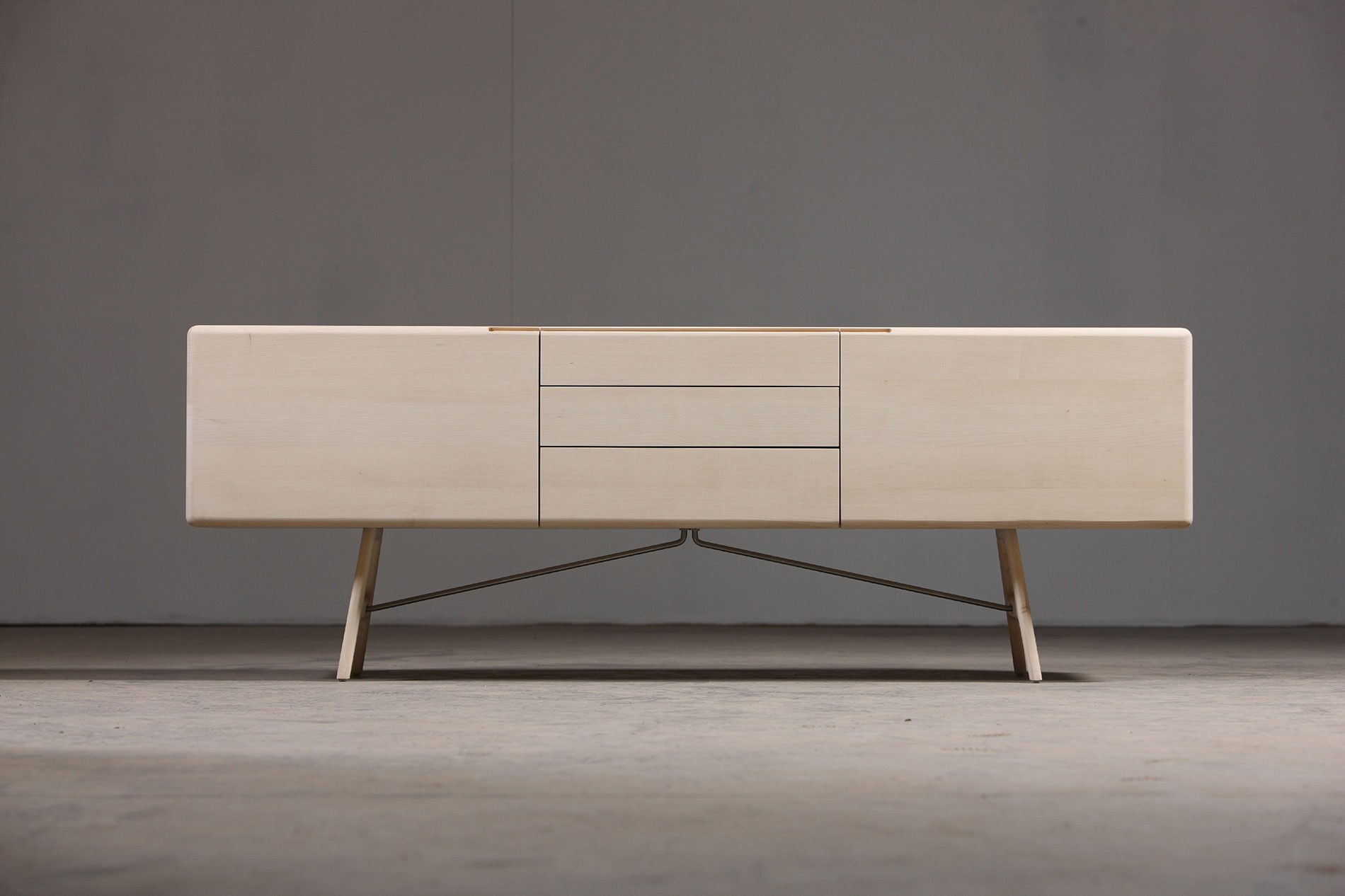 tesa sideboard by artisan design salih teskered ic. Black Bedroom Furniture Sets. Home Design Ideas