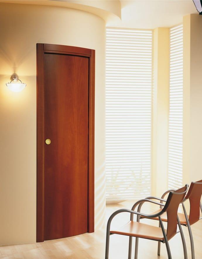 Porta curva scorrevole a scomparsa in legno lyra linea for Porta scorrevole a scomparsa