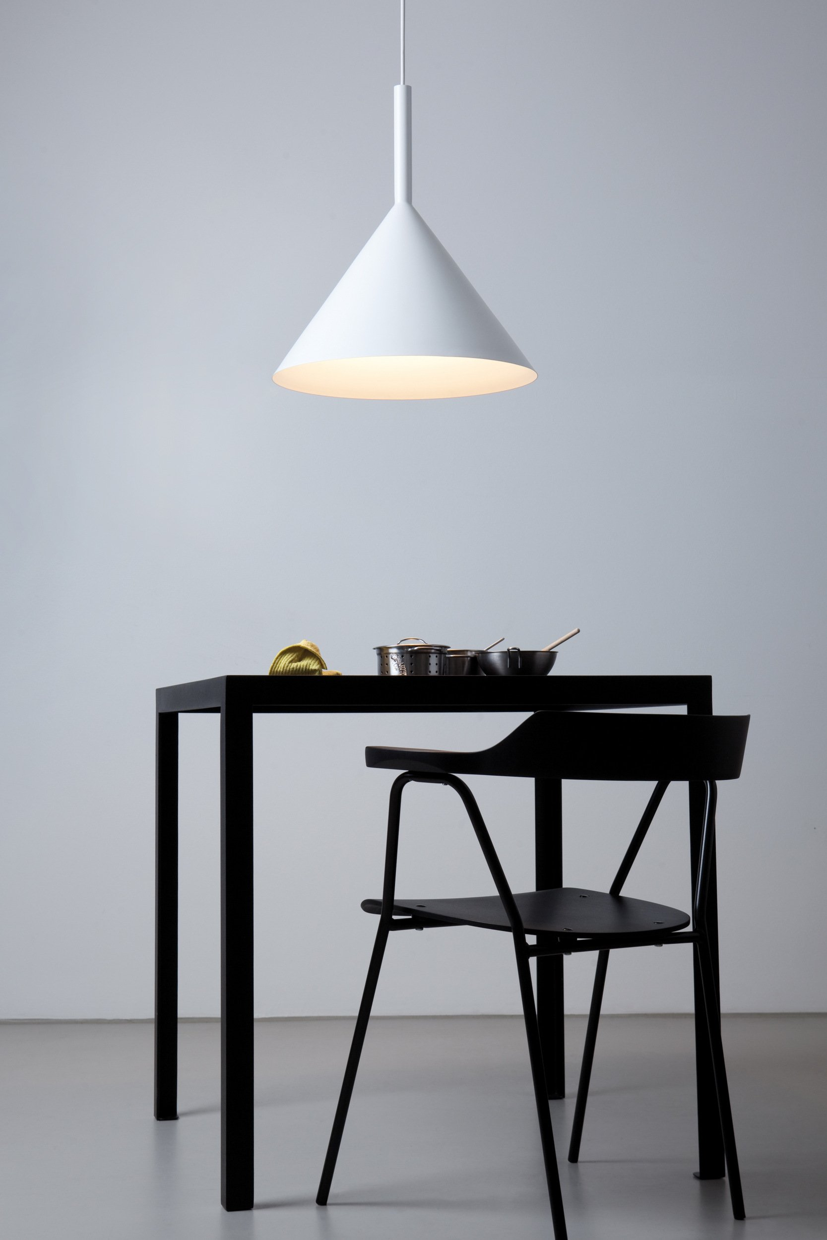 idee metall lampen. Black Bedroom Furniture Sets. Home Design Ideas